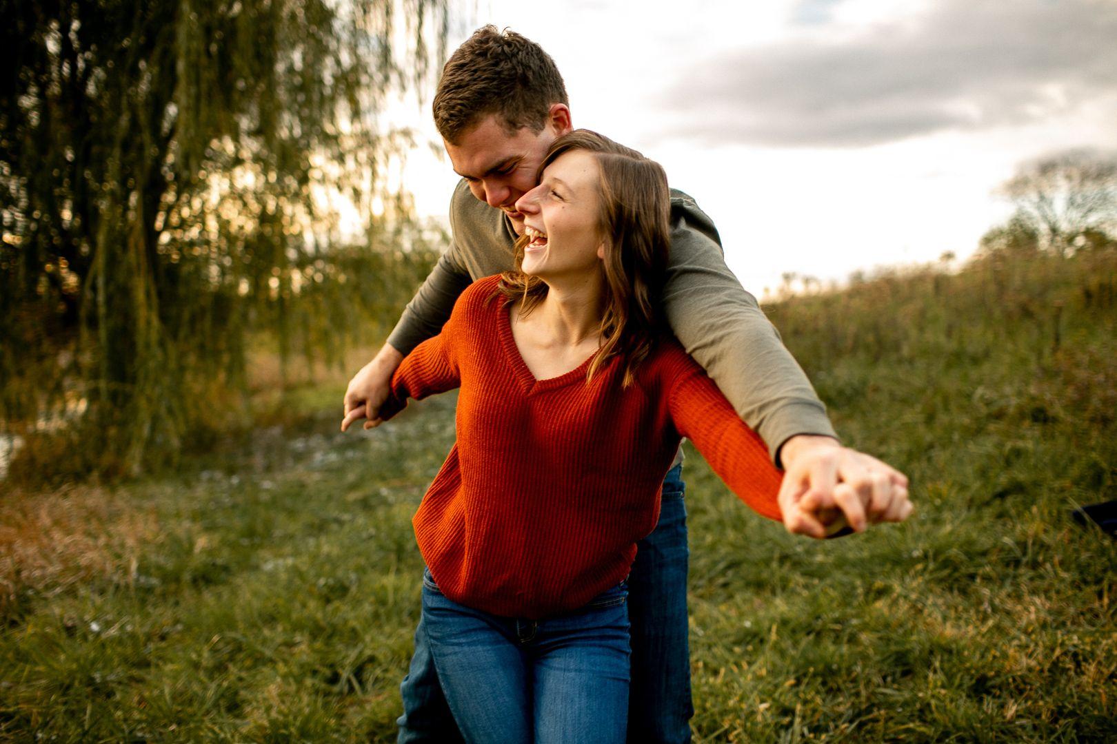 Des-Moines-Engagement-Photographer-19-large