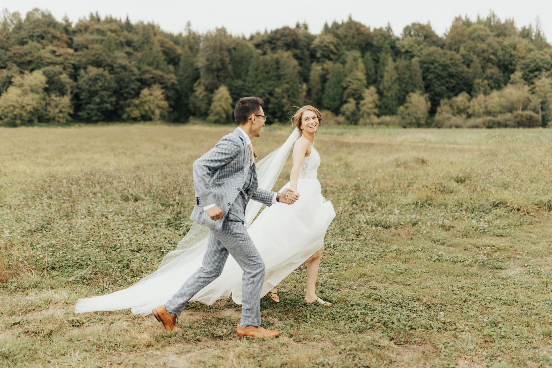 rachelsyrisko_seattleweddingphotographer_cravenfarmsvenue-2-large